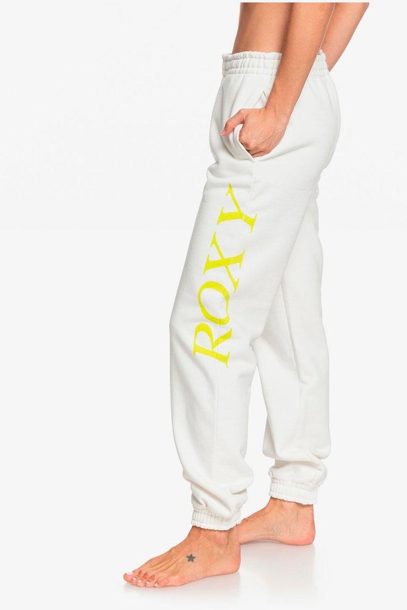 Roxy Sisters oversized pants and Kelia Moniz Dreamers Wake
